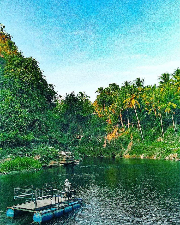 Access to Sri Gethuk Waterfall, source : permanarpp_rafli